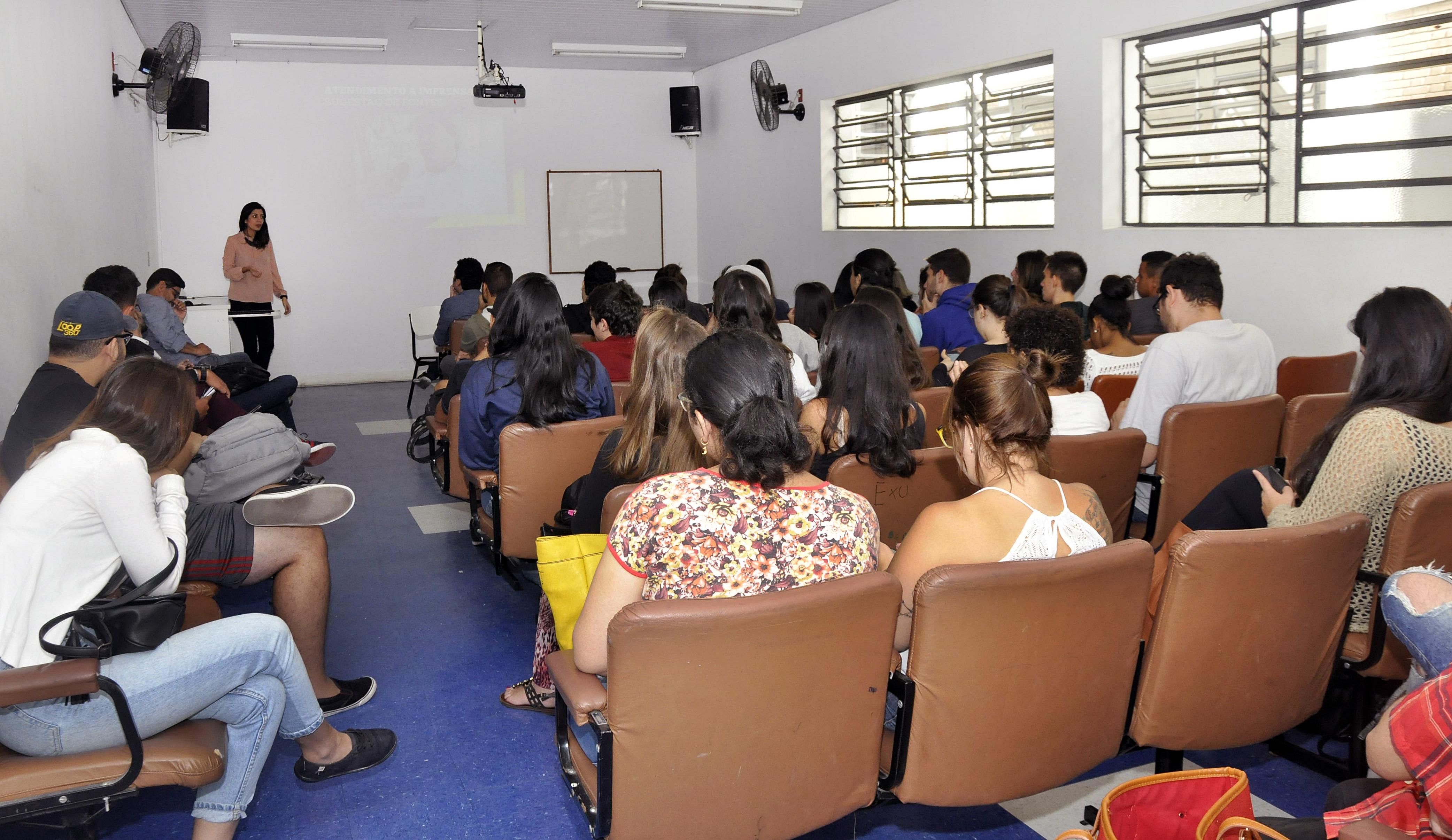 Abertura do Ciclo de Comunicação promove palestras e debates