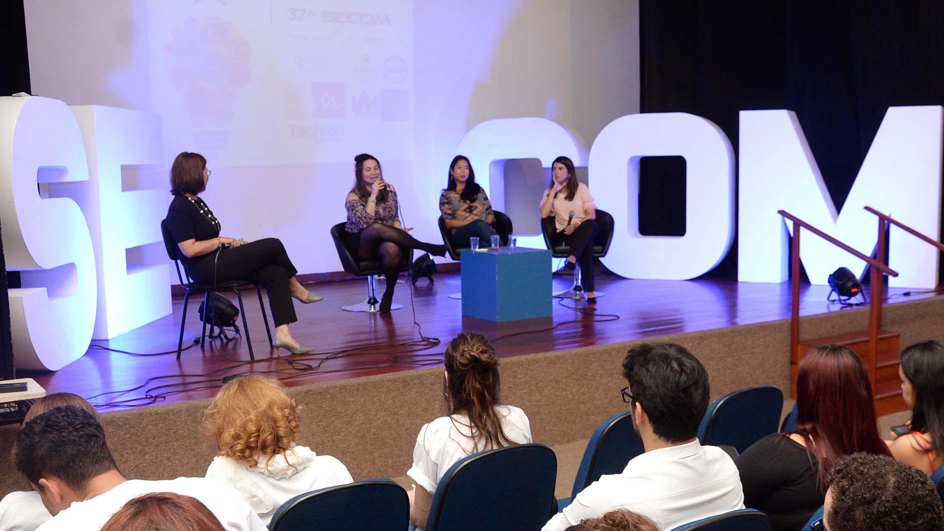 Mercado digital e participação feminina é tema de palestra da terceira noite da SECOM